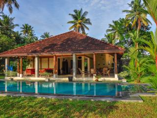 La Cannelle Cinnamon Plantation Villa - Weligama vacation rentals