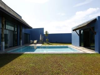 The new 3br villa in Bang Tao Area - Cherngtalay vacation rentals