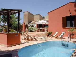 Villa Ballata holiday vacation villa rental italy, sicily, near trapani, near Erice, pool, air conditioning, short term long term vill - Trapani vacation rentals