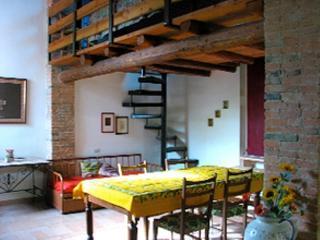 Agriturismo Sorbigliana  Sangiovese - 2+2: - Ginestra Fiorentina vacation rentals