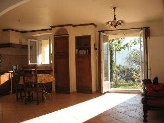 Nice Studio with Internet Access and A/C - Mollans sur Ouveze vacation rentals