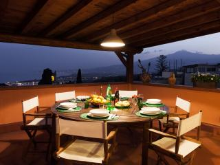 Casa San Domenico, penthouse in Taormina centre - Taormina vacation rentals