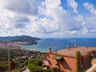 Agropoli Home Holiday - San Marco di Castellabate vacation rentals