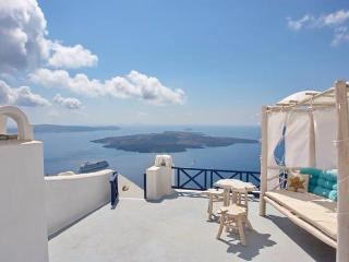 Stilvi Studio Amazing View to the Volcano! - Santorini vacation rentals