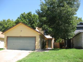 Cozy 3 Bedroom Home Round Rock - Austin vacation rentals