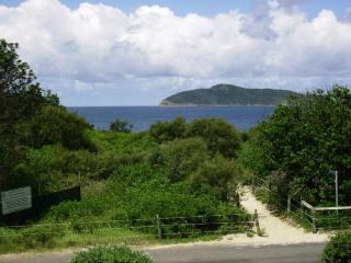 Unit 10 / 13-15 Beach Road, HAWKS NEST - Hawks Nest vacation rentals