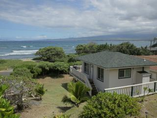 Beach cottage, brand new, fully equipped & private - Wailuku vacation rentals