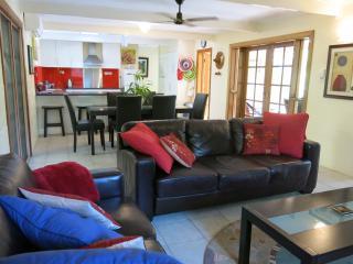 Moana Cottage, 11 Dent Street, Horseshoe Bay - Horseshoe Bay vacation rentals
