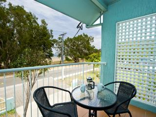 Unit 2, Beachcomber, 12 Marine Pde, Arcadia - Magnetic Island vacation rentals