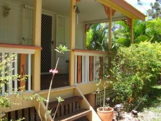 Ascot Cottage, 11 Barbarra Street, Picnic Bay - Arcadia vacation rentals