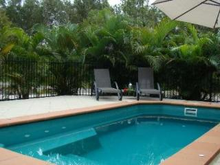 Dolphin Escape, 29 Pandanus Drive, Horseshoe Bay - Horseshoe Bay vacation rentals