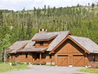 Ski in / Ski Out - Spanish Peaks Club - Pick of the Litter Location - Big Sky vacation rentals