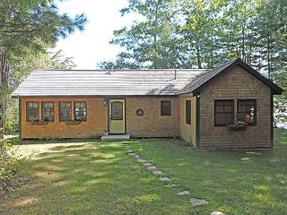 GOLDEN MEADOW COTTAGE - Town of Newcastle - Mid-Coast and Islands vacation rentals