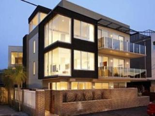 Melbourne Beach Side 2 Bed 3 Bath WOW Apartment - Prahran vacation rentals
