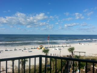 Scenic Beachside Setting with 1 Bedroom Condo - Panama City Beach vacation rentals
