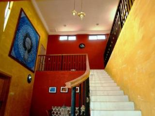 ACCRA ROYAL CASTLE FULL SERVICE TWO BEDROOM APARTMENT - Accra vacation rentals