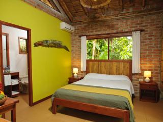 Peaceful Cabins In Ayampe In The Tropical Forest Near To The Beach. - Ayampe vacation rentals