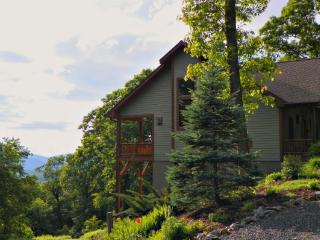 Mountain Camp Location: Blowing Rock - Blowing Rock vacation rentals