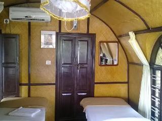 Traditional Kerala Houseboat - Alappuzha vacation rentals