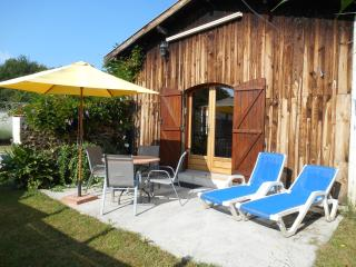 Nice House with Internet Access and Central Heating - Le Teich vacation rentals