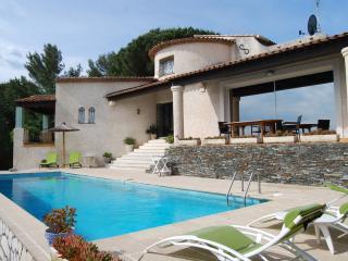 villa de standing, piscine, vue mer panoramique - Saint-Aygulf vacation rentals