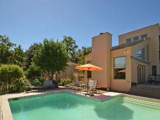 Perfect Summer Spot! Beautiful Zilker Home with great Downtown views & pool - Austin vacation rentals