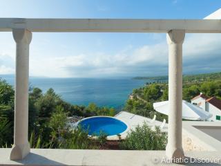 Luxury frontline villa