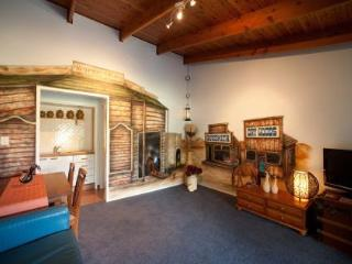 4 bedroom Farmhouse Barn with Internet Access in Gold Coast - Gold Coast vacation rentals