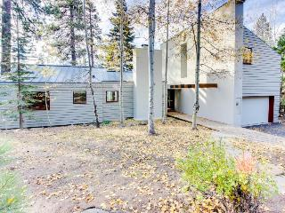 Three-bedroom lakeview home w/ loft, deck & gas grill! - Tahoe Vista vacation rentals