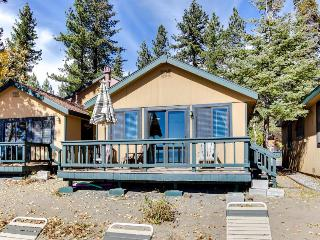 Cozy cottage steps from the beach & with a swimming pool! - Tahoe Vista vacation rentals