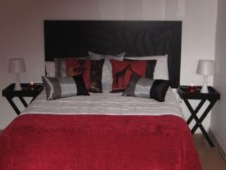 Cozy 3 bedroom Durban B&B with Deck - Durban vacation rentals