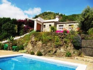 VILLA TIERRA DE SUERTE - ARENAS (NEW OCT 2014) - Arenas vacation rentals