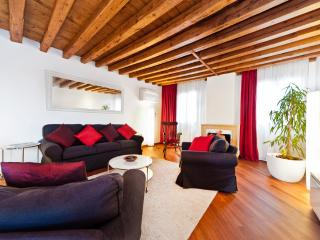 AWANA GANA - CA GIULIA, ROOF TERRACE ,SAN MARCO - City of Venice vacation rentals