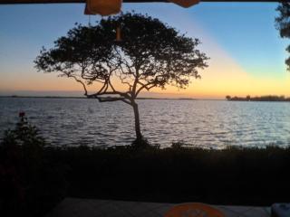 Runaway Bay, Anna Maria Island, ON THE BAY! - Bradenton Beach vacation rentals