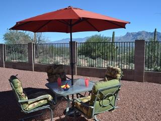 Comfy home w/Amazing Views Near Golf,Pool,Trails - Tucson vacation rentals
