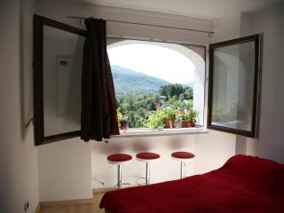 Romantic 1 bedroom Condo in Viconago with Internet Access - Viconago vacation rentals
