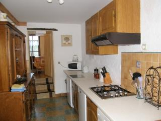 4 STAR RECOMMENDED farmhouse amongst vineyards - Saumur vacation rentals