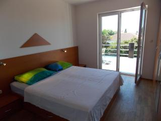 Apartment Taylor for 6 - Novalja vacation rentals