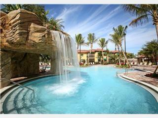 Naples Bay Resort 2BR 2BA Pool view - Naples vacation rentals