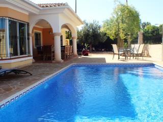Lovely 4 bedroom Villa in Mutxamel - Mutxamel vacation rentals