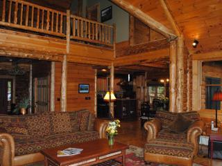 White Tail Run: Lake Placid/ Saranac Lake Log home - Lake Placid vacation rentals