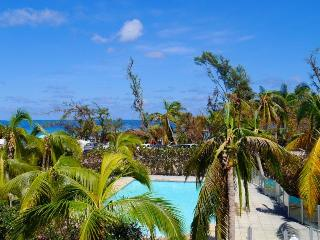 Côté Chic, gorgeous village-house sea view - Orient Bay vacation rentals