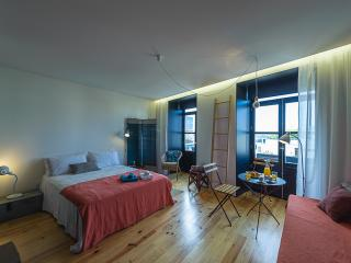 Nice Porto Apartment rental with Television - Porto vacation rentals