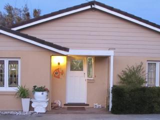 Esperance Deluxe Layton Street  Apartments - Esperance vacation rentals