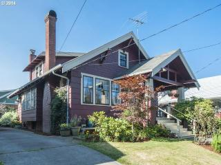 Craftsman in the heart of SE Portland - Portland vacation rentals