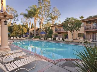 3BR @ Dophin's Cove Resort near Disneyland - Anaheim vacation rentals