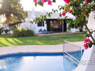 Nice Bungalow with Porch and Shared Outdoor Pool - Binisafua vacation rentals