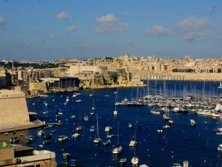 Lovely Apartment and rooms in Kalkara - Island of Malta vacation rentals