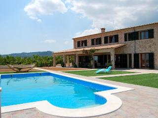 VILLA ES VINYET PETRA WITH PRIVATE POOL - Petra vacation rentals