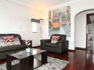 Ourique Apartment - Lisbon vacation rentals